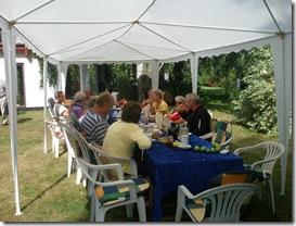 Morgenbordet udendørs - dejligt vejr