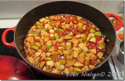 Chili-æble-blommechutney