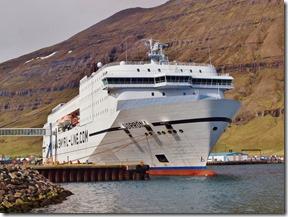 Norröna i Seyisfjordur