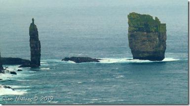 Trolden og Kællingen, Færøerne